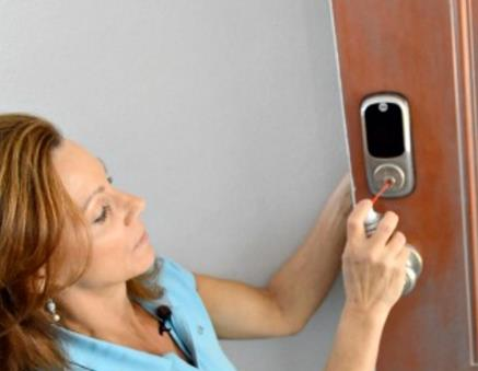 How To Remove A Broken Key From A Lock - Tinder Locksmith